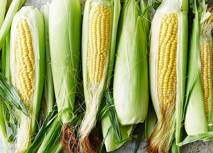 How to Shuck Corn on the Cob Like a True Midwesterner