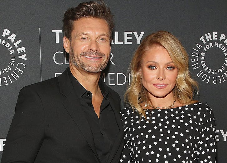 Kelly Ripa Will No Longer Host Her Talk Show From Her Kitchen & We're Already Having Mark Consuelos Withdrawal