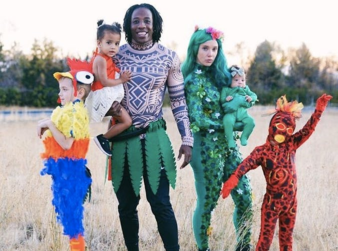 24 Of The Best Family Halloween Costumes 2020 Purewow