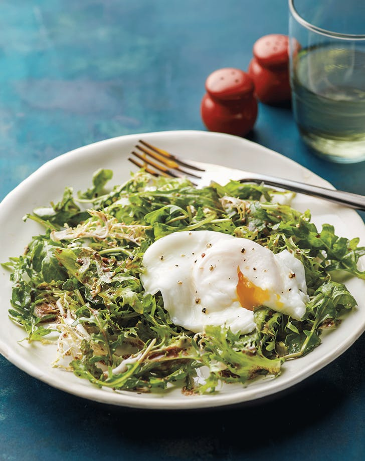 Poached Egg with Frisée and Arugula Salad