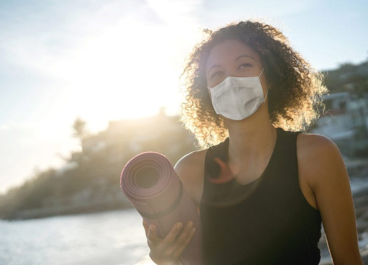 Can I Exercise in a Mask? Here's What a Barre Instructor Says