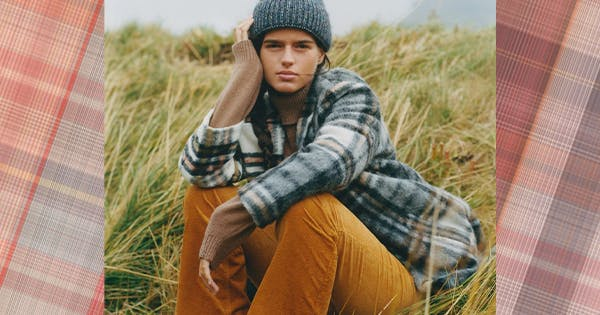 What Is the Cabincore Trend? (Aside from a Stylish Excuse to Wear Flannel All the Time)