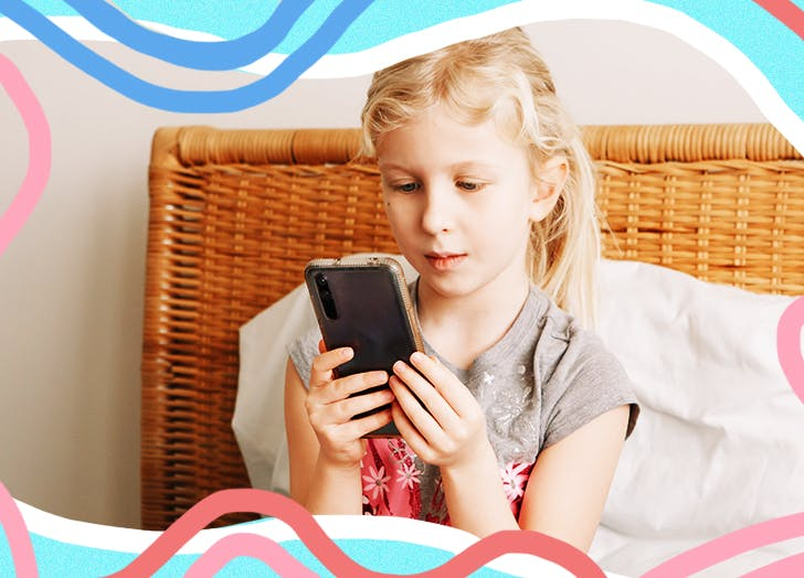 signs child social media habit toxic