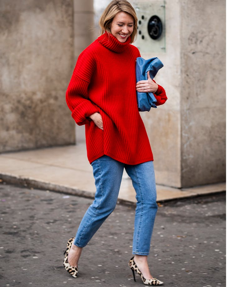 how to wear a turtleneck with skinny jeans