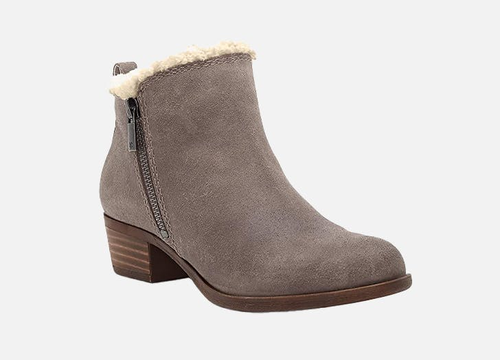 NEW IN BOX Colored Tan Booties Falls Creek Brown Ankle Boots size 8