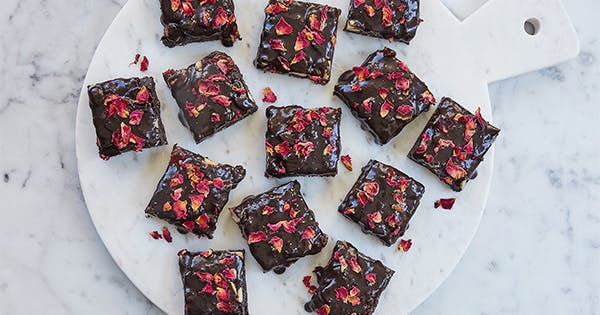 58 Best Valentine's Day Desserts That Will Make You Swoon