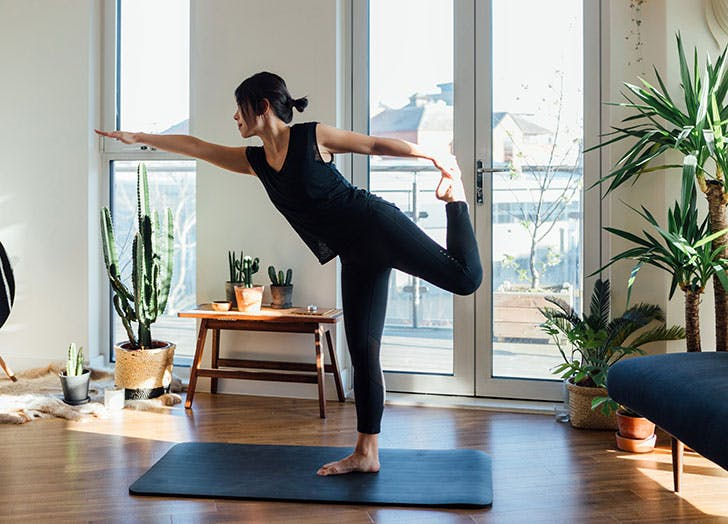 What to Eat Before Yoga, According to a Yoga Instructor