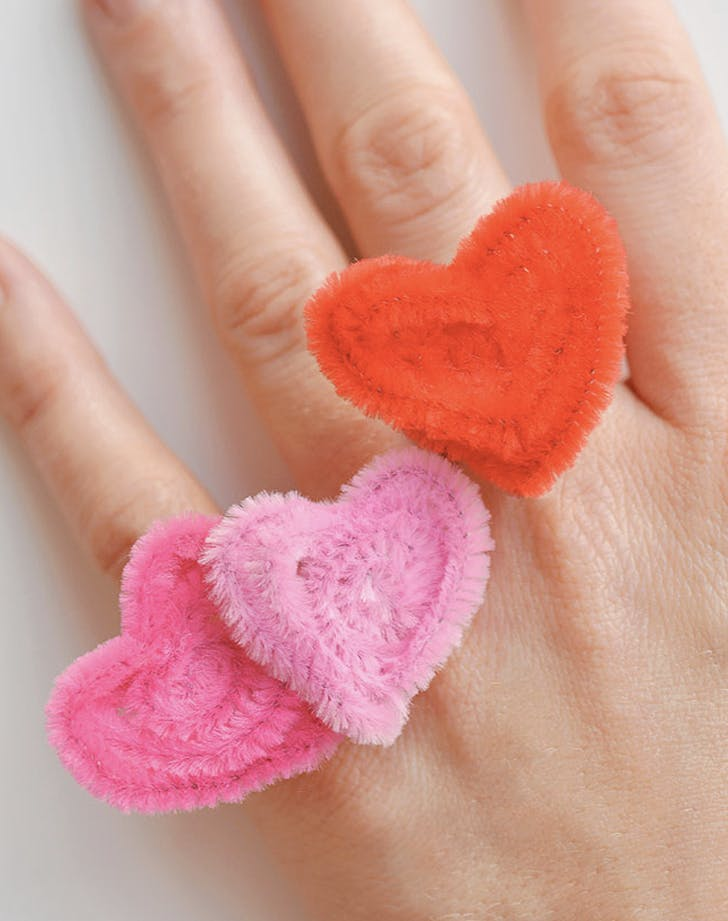 1. Pipe Cleaner Heart Rings valentines crafts for kids
