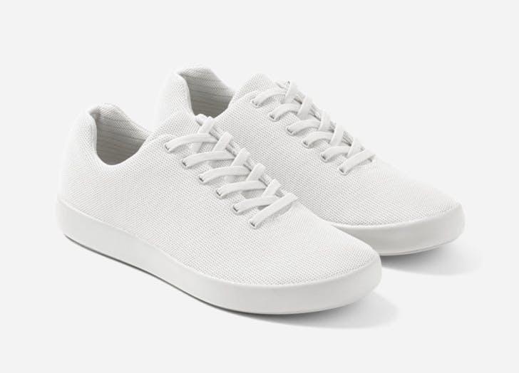 atoms model 000 most comfortable sneakers