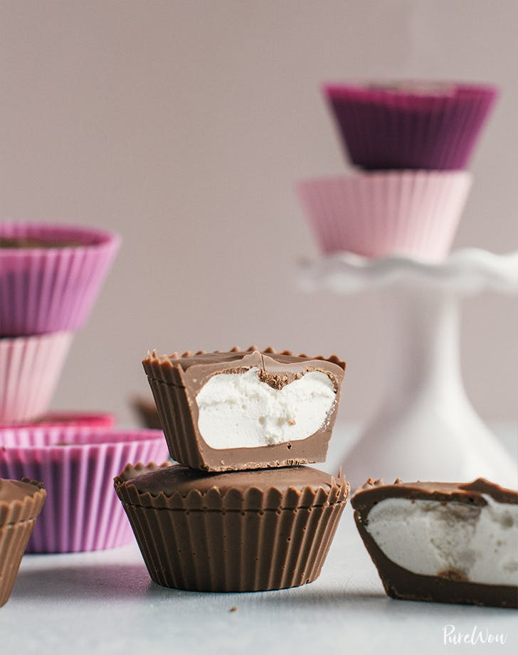 Easy Chocolate Marshmallow Cups