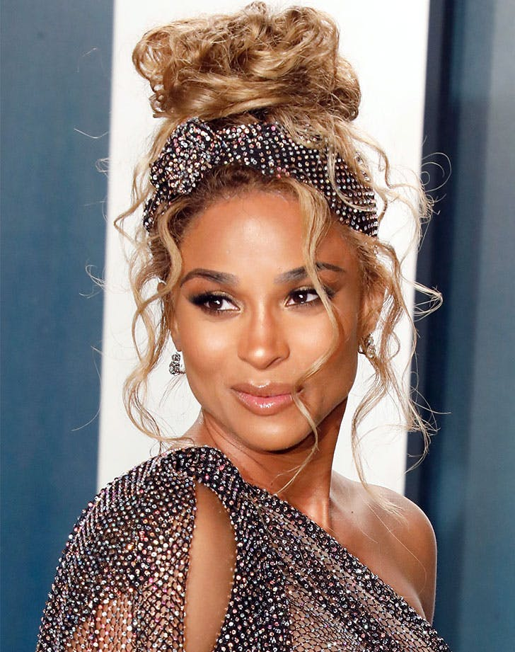 natural hairstyles for black women messy bun