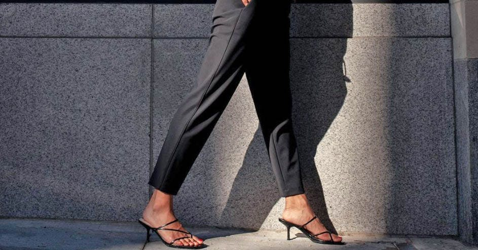 11 Pairs of Pants That Feel Like Leggings (But Look Way More Polished)