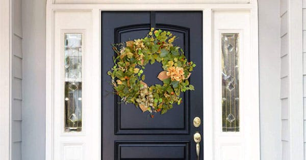 30 Spring Wreaths We're Buying Now, Even Though It's Midwinter