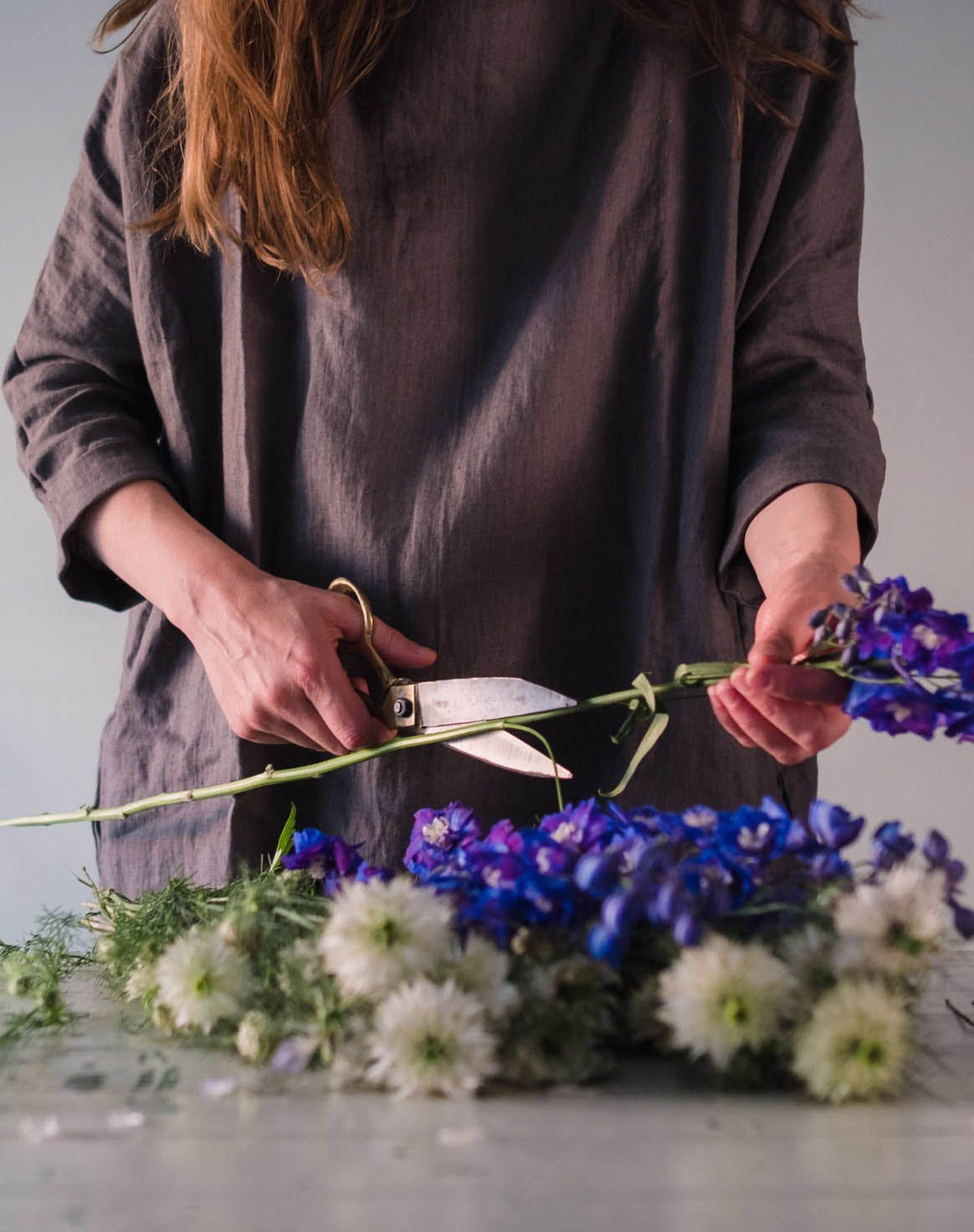 how to keep flowers fresh trim