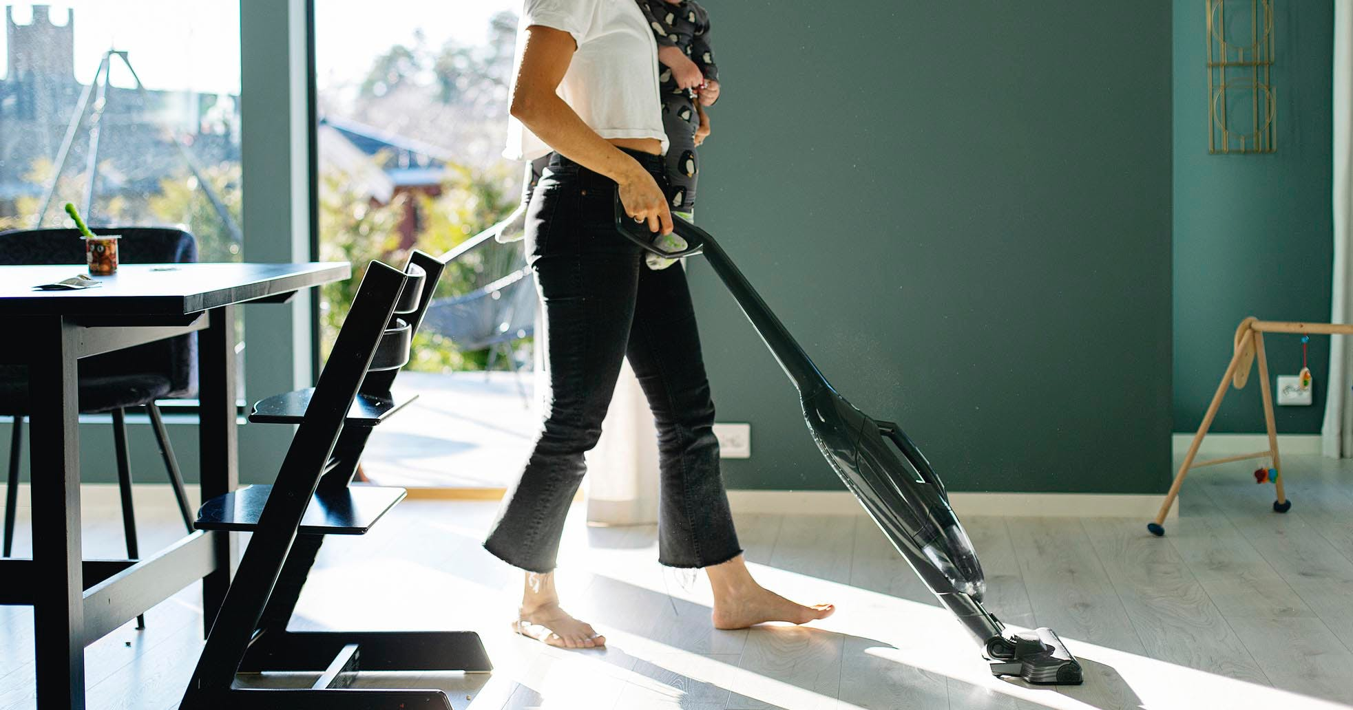 The Ultimate Spring Cleaning Checklist (Broken Down into an Easy, 5-Day Plan)