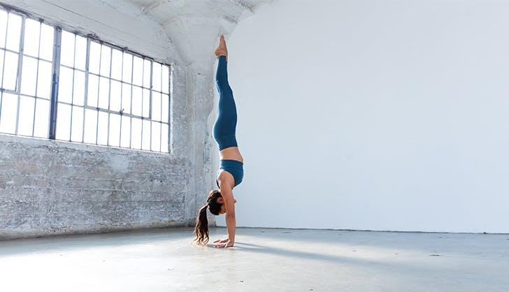 advanced yoga poses handstand