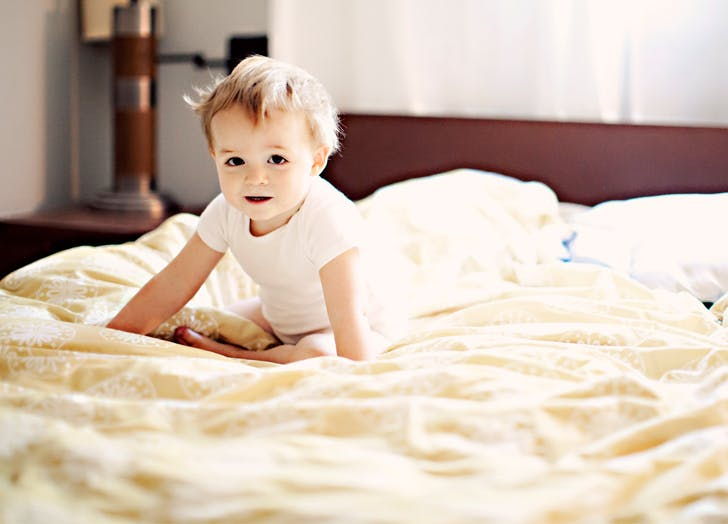 How to Keep Daylight Saving Time from Ruining Your Children's Sleep