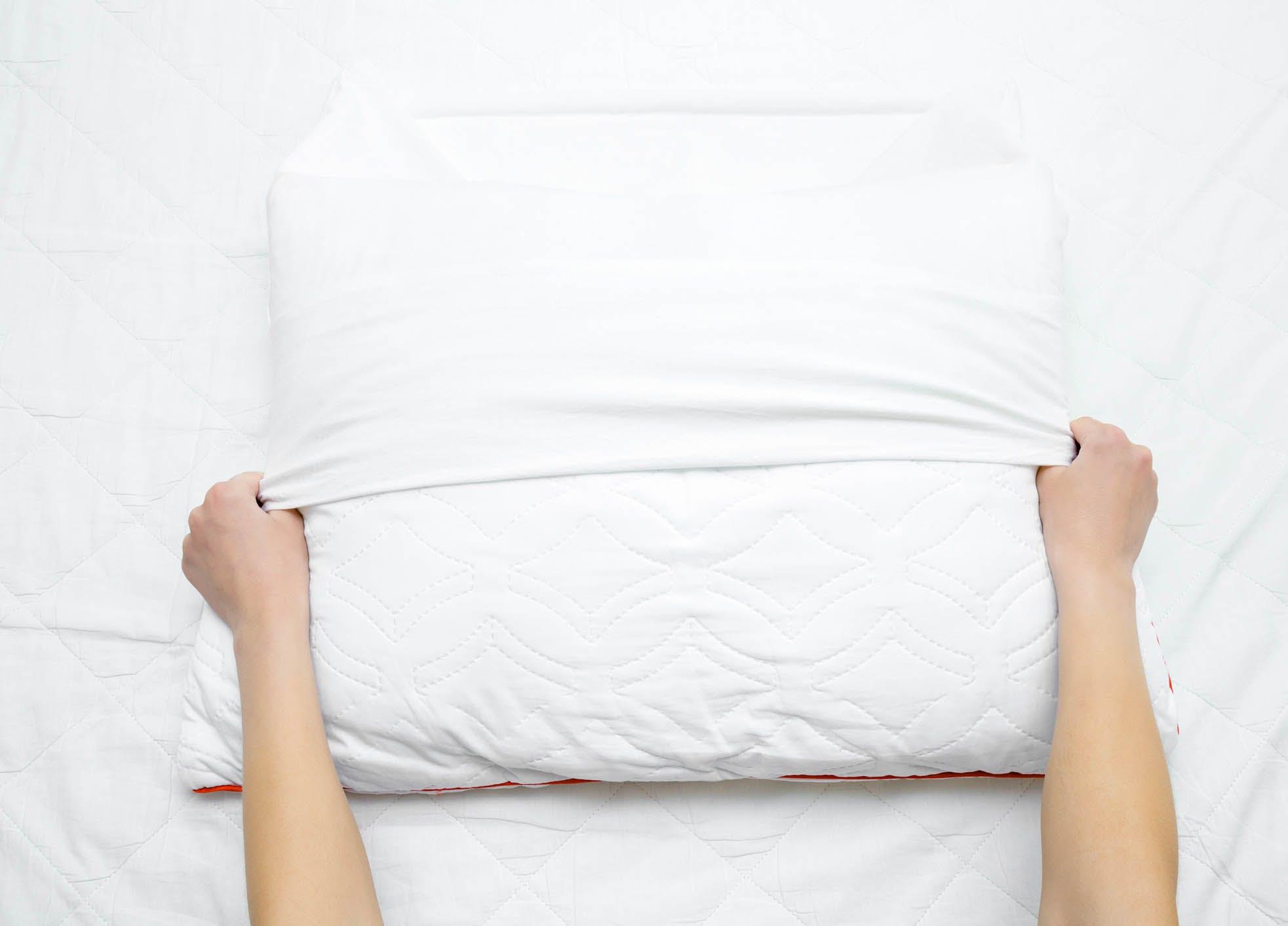 wash pillows case