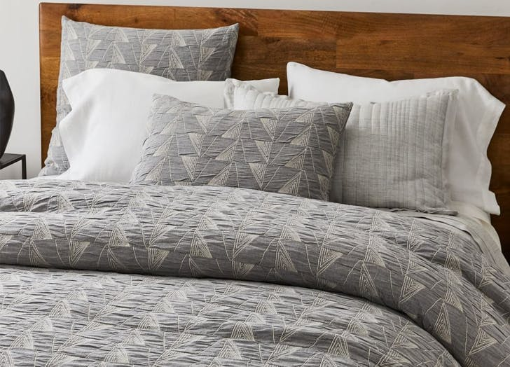 Organic Bedding   Cotton Textural Linework