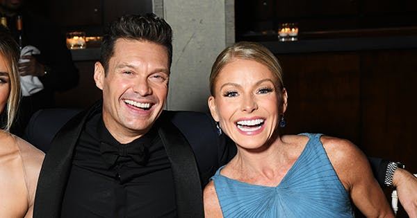 Kelly Ripa Let Ryan Seacrest in on the Twinning Memo After She 'Forgot' to on Tuesday's 'Live'