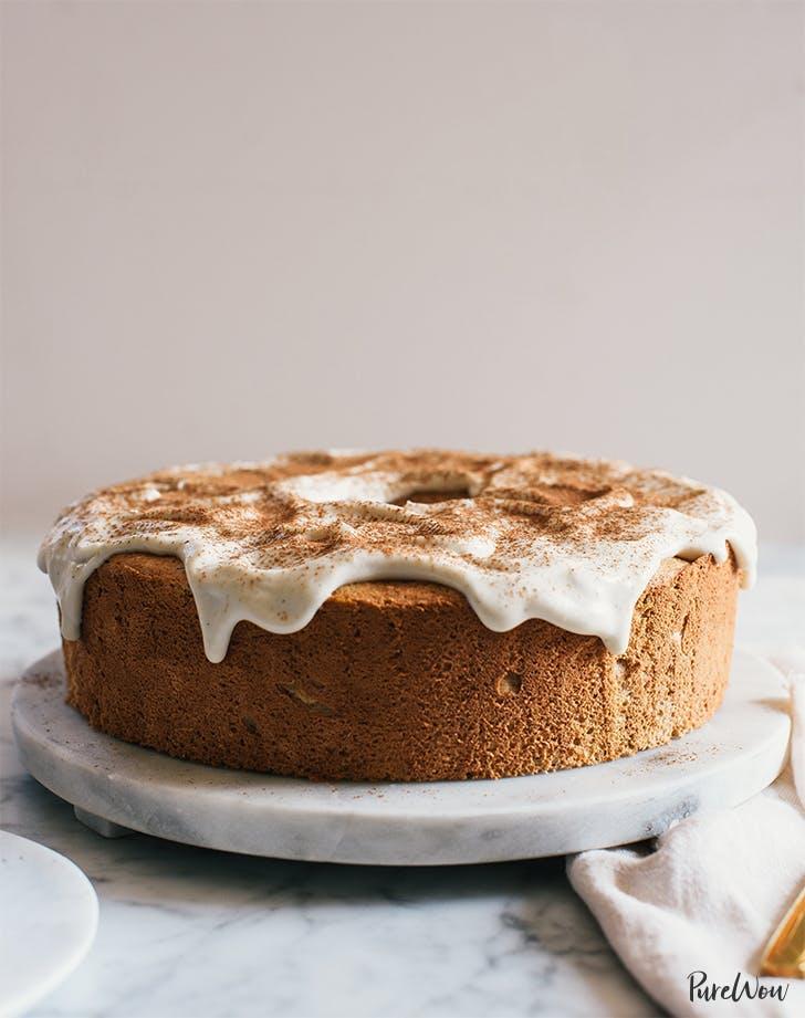 postres ricos en proteínas pastel de ángel de calabaza con receta de glaseado de queso crema