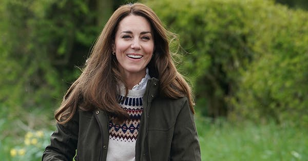 Royal Fan Finds Rare Personal Note from Kate Middleton Hidden Inside Book—Here's What It Said