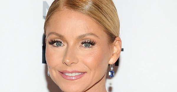 Kelly Ripa Just Debuted a New Look on Instagram: 'The Brows Are Finally Back'