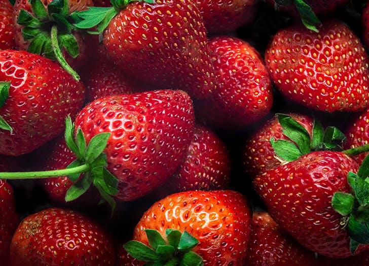 types of berries strawberry