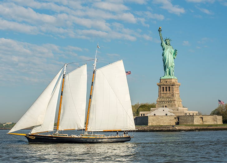 Hudson River Activities boat cruise