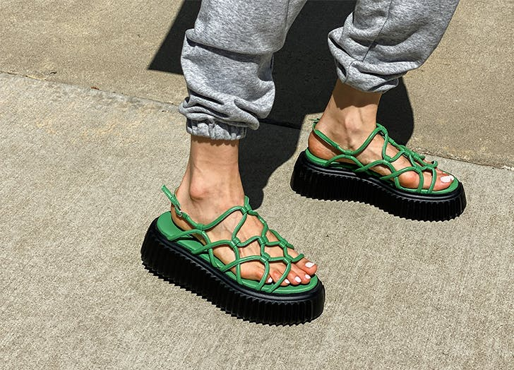 What bk is wearing the chunky sandal