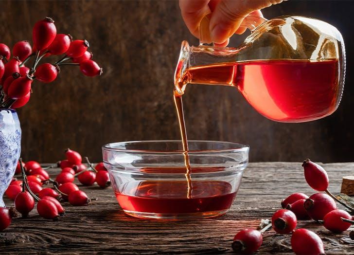benefits of rosehip oil 1