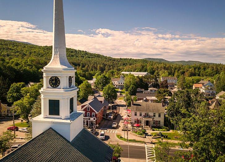 best mountain towns stowe vt