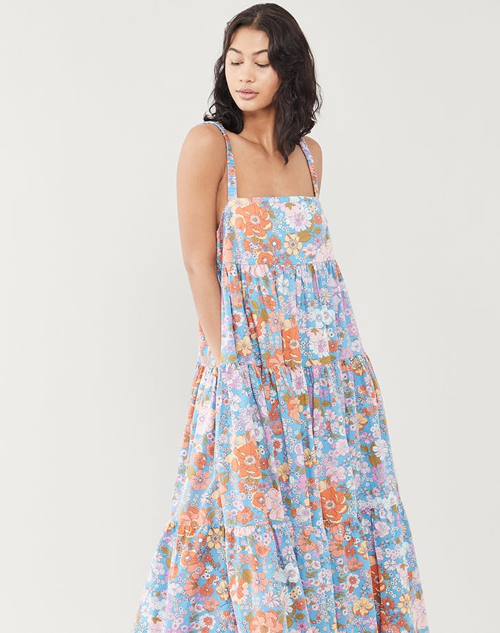 revenge dinner party outfits floral dress