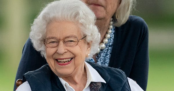 What Is the Court Circular (Which Queen Elizabeth Has to Approve Every Single Day)?