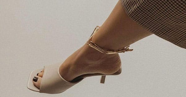 Anklets Are Back & Here's How to Wear One Like a Grownup