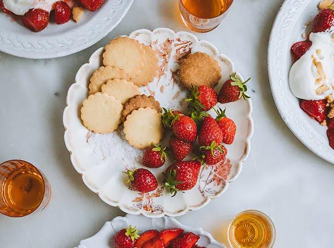 50 Low-Maintenance Summer Dinner Party Ideas