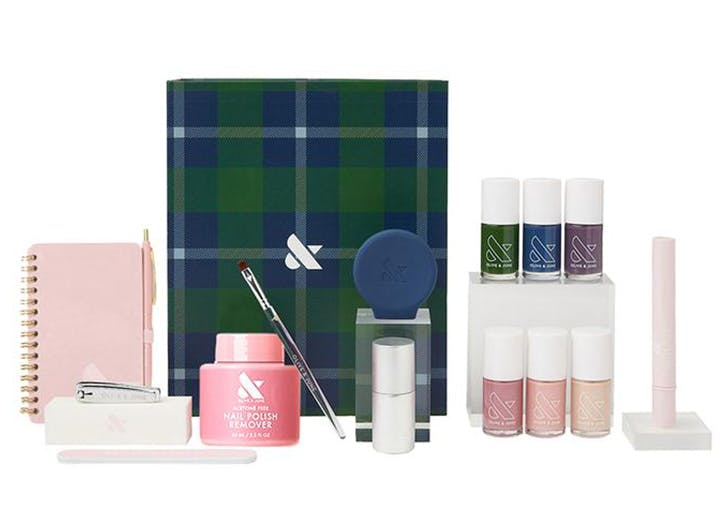 Olive & June Just Dropped An Exclusive Mani System Just In Time For Fall...