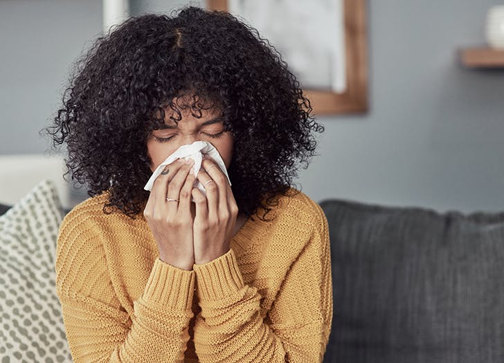 The Common Cold Versus COVID: A Doctor Explains How to Tell the Difference