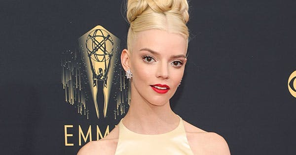 'Queen's Gambit' Star Anya Taylor-Joy Stunned in Yellow Dior Gown (Which She Helped Design Herself) - PureWow