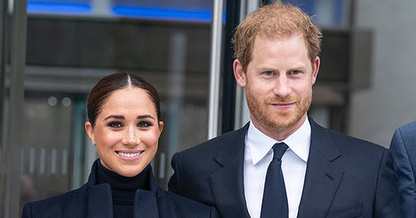 PDA Alert! Prince Harry & Meghan Markle Are Extremely Affectionate During NYC Outing
