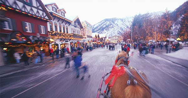 The Best Christmas Towns in the United States