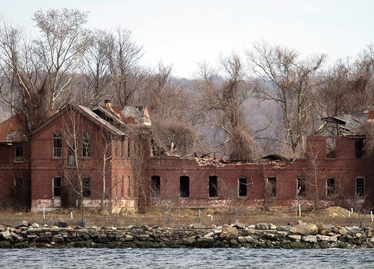 haunted places in nyc cat